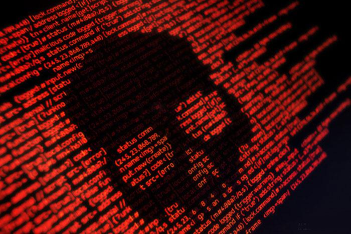 seguridad-ciberataque-hacker-rojo